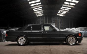 Το «αλλιώτικο» σεντάν της Mercedes που τρόμαζε τα supercars της εποχής του