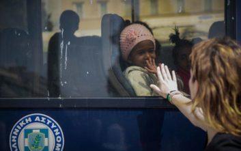 Αποχώρησαν οι πρόσφυγες από το Σύνταγμα