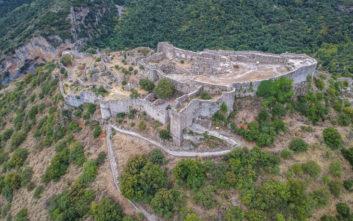 Ονειρικές καστροπολιτείες της Ελλάδας που ταξιδεύουν στο χρόνο