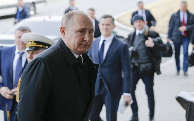 Έφτασε στο Βλαδιβοστόκ ο Βλαντίμιρ Πούτιν για τη συνάντηση με τον Κιμ Γιονγκ Ουν