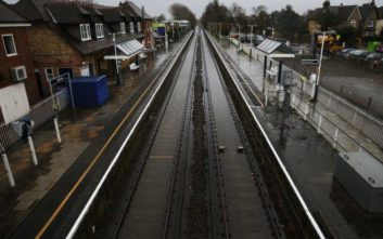 Απόπειρα σιδηροδρομικού σαμποτάζ με άρωμα... Brexit στην Αγγλία