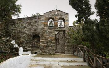 Βρέθηκε πεταμένη η εικόνα της Παναγίας Μυροβλύτισσας στην Άνδρο