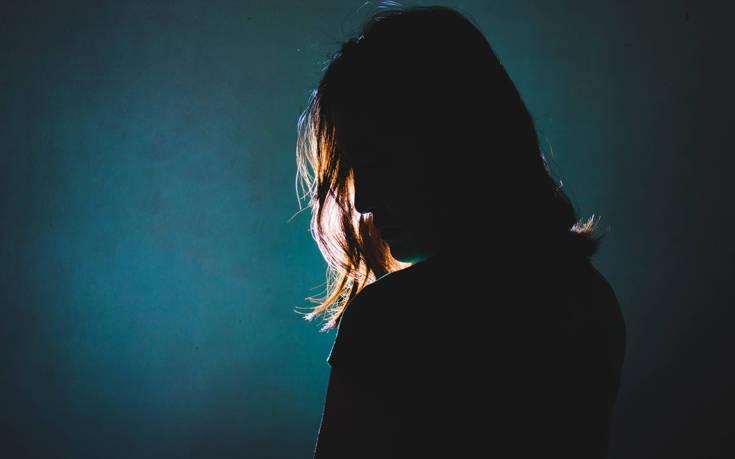 Βία κατά των Γυναικών: 1.027 γυναίκες έχουν δολοφονηθεί από τον σύντροφό τους από το 2013