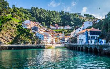 Η μυστική πολύχρωμη πόλη της Ισπανίας