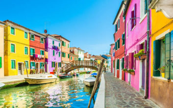 Φωτογραφικά κλικ από τα πιο χρωματιστά σημεία της Ιταλίας