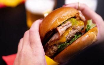 Τέσσερις street food προτάσεις για όλα τα γούστα