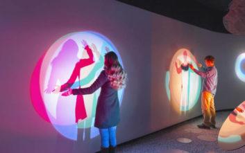 Τέχνη με την αναπνοή, την ομιλία και την κίνηση από τη Samsung