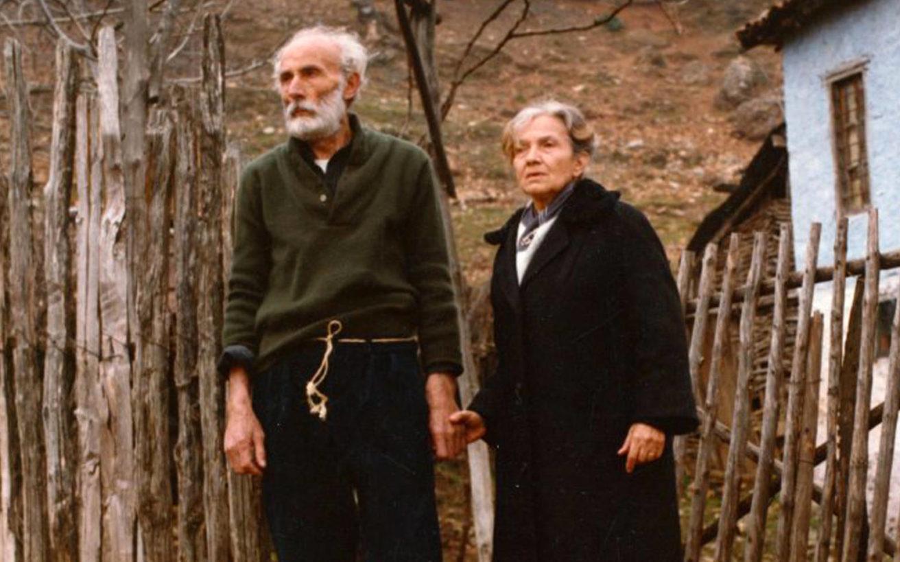 Όταν ο σπουδαίος Μάνος Κατράκης αναγκάστηκε να πουλήσει τα κοστούμια του για να ζήσει