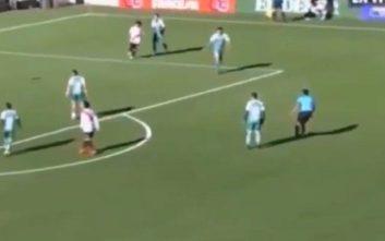 Διαιτητής στη Βολιβία καταρρέει στο γήπεδο και χάνει τη ζωή του
