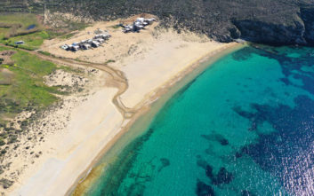 Η πρώτη παραλία χωρίς καπνιστές στην Ελλάδα