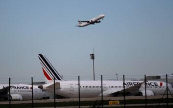 Περιβαλλοντικό φόρο θα βάλει η Γαλλία στις πτήσεις που αποχωρούν τα αεροδρόμιά της