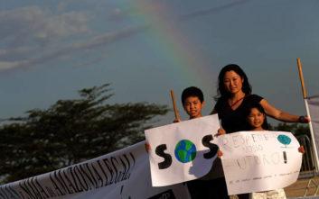 Οι νέοι σε 90 χώρες «απεργούν» αύριο για το κλίμα