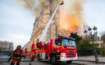 Τρεις πυροσβέστες «ήρωες» της Παναγίας των Παρισίων κατηγορούνται για ομαδικό βιασμό