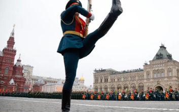 Η μεγαλειώδης παρέλαση των Ρώσων για την 74η επέτειο της νίκης επί των Ναζί