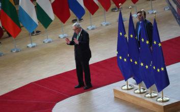 Handelsblatt: Η μάχη για τον διάδοχο του Γιούνκερ έχει ανάψει
