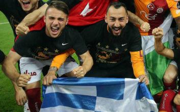 Ο Κώστας Μήτρογλου σήκωσε την ελληνική σημαία στην Κωνσταντινούπολη
