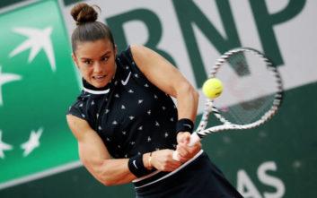 Μαρία Σάκκαρη: Αποκλεισμός στον δεύτερο γύρο του Roland Garros, ήττα 2-1 από τη Σινιάκοβα