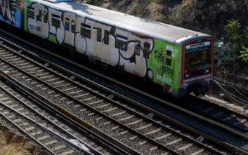 Ηλεκτρικός Καλλιθέα: Άντρας κατέβηκε στις γραμμές του τρένου