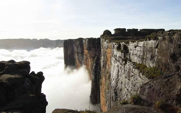 Ένα βουνό χωρίς κορυφή στη Νότια Αμερική – Newsbeast