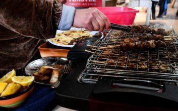 Ψήσιμο κρέατος: Η επίπτωσή του στην ατμόσφαιρα της Αθήνας