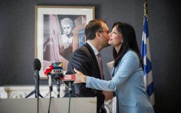 Κουντουρά - Θεοχαρόπουλος: Τελετή παράδοσης-παραλαβής του υπουργείου Τουρισμού