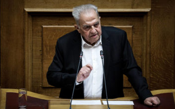 Αλέκος Φλαμπουράρης: Είναι θέμα διαφορετικής φιλοσοφίας, η Αριστερά ενδιαφέρεται για τον πολύ λαό και τη χώρα