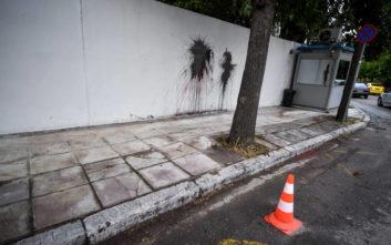 Φωτογραφίες από την επίθεση στο σπίτι του Αμερικανού πρέσβη
