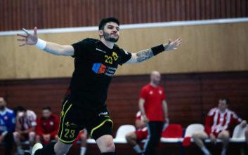 Η ΑΕΚ ισοφάρισε τον Ολυμπιακό στους τελικούς του χάντμπολ