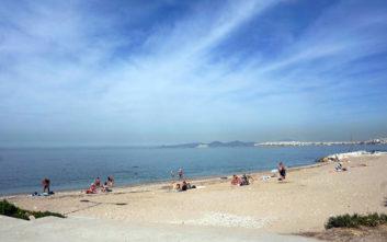 Καιρός: Σαββατοκύριακο για παραλίες, πού θα πιάσει τους 37ºC η θερμοκρασία