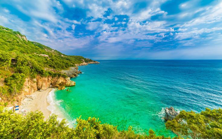 Ο Μυλοπόταμος είναι μία ονειρική παραλία – Newsbeast