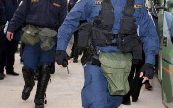 Άγνωστοι συνεπλάκησαν με την Αστυνομία σε περιοχή της Νέας Φιλαδέλφειας