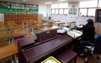 Γιαγιάδες γίνονται μαθήτριες στα σχολεία της Νότιας Κορέας