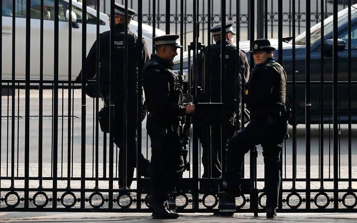Διεθνής έρευνα: Το 26% των αστυνομικών πίνει, το 14% έχει συμπτώματα κατάθλιψης