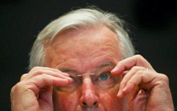 Μπαρνιέ: Πολύ δύσκολη αλλά δυνατή η συμφωνία για το Brexit