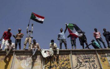«Λευκός καπνός» για υπηρεσιακή κυβέρνηση στο Σουδάν