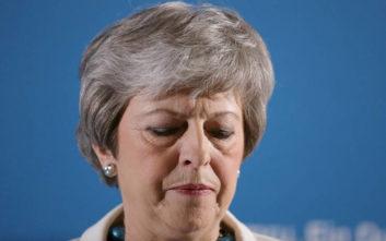 Ευρωεκλογές 2019: Καταποντίστηκαν οι Τόρις στη Βρετανία, πρώτο το κόμμα του Brexit