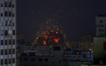 Ισραηλινά πολεμικά αεροσκάφη βομβάρδισαν τη Γάζα