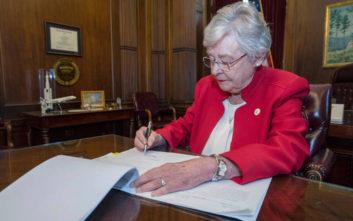 «Μποϊκοτάζ» στην Αλαμπάμα μετά τον νόμο που απαγορεύει τις αμβλώσεις