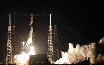 Space X: Εκτοξεύτηκε ο πύραυλος «Falcon9»