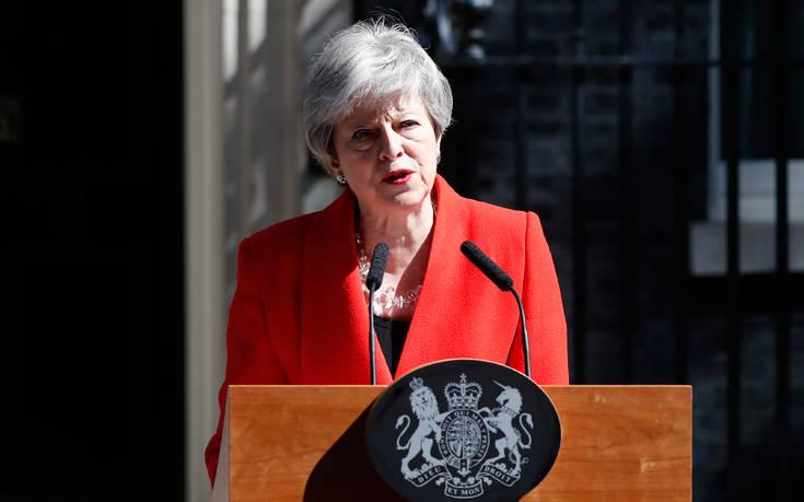 Βρετανία: Η παραίτηση της Τερέζα Μέι δεν αλλάζει τίποτε στη θέση των 27