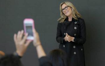 Τι έμαθε στην υψηλόβαθμη θέση της η πιο ακριβοπληρωμένη υπάλληλος της Apple