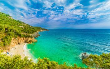 Ο Μυλοπόταμος είναι μία ονειρική παραλία