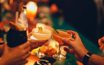 Πού θα πιείτε ωραία cocktails στον Πειραιά