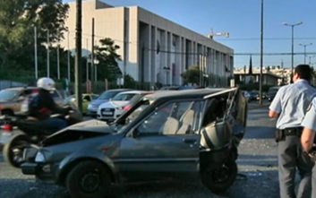 Καραμπόλα στη Βασ. Σοφίας: Σμπαραλιασμένα οχήματα από την σφοδρή σύγκρουση