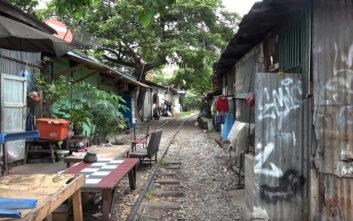 Οδοιπορικό στην τελευταία παραγκούπολη της Μπανγκόκ
