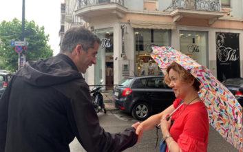 Στο Παγκράτι ο Κώστας Μπακογιάννης, συνεχίζει τις επισκέψεις σε γειτονιές της Αθήνας