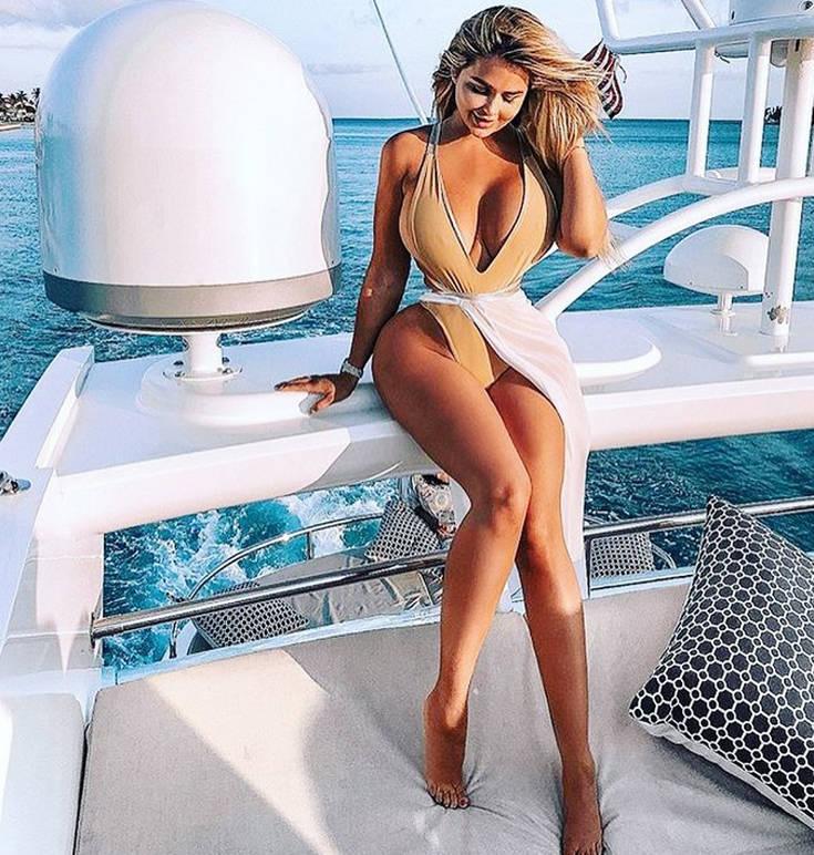 Αυτή είναι η Ρωσίδα Κιμ Καρντάσιαν – Newsbeast