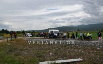 Άνοιξε η σιδηροδρομική γραμμή μετά τη θανατηφόρα σύγκρουση