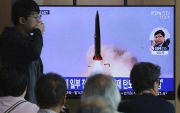 Η Πιονγκγιάνγκ πραγματοποίησε νέες δοκιμές εκτοξευτήρων πυραύλων