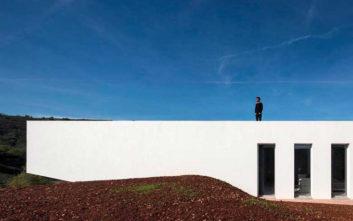 Το λευκό κομψοτέχνημα της πορτογαλικής γης